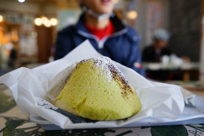 真のヒルクライマーだけに与えられる(そんなことはない),富士山メロンパン。