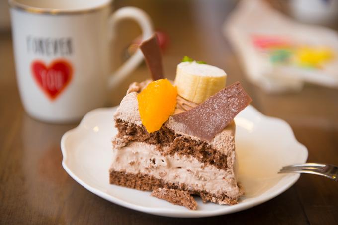 春は家族の誕生日が相次ぎ,その都度,ケーキを食べてしまうのである・・・。