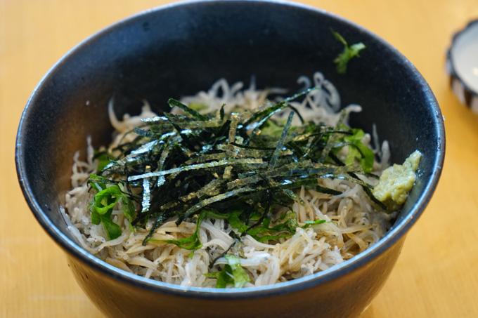 村上水軍博物館で食べたシラス丼。まずまずのお味でした(^^)