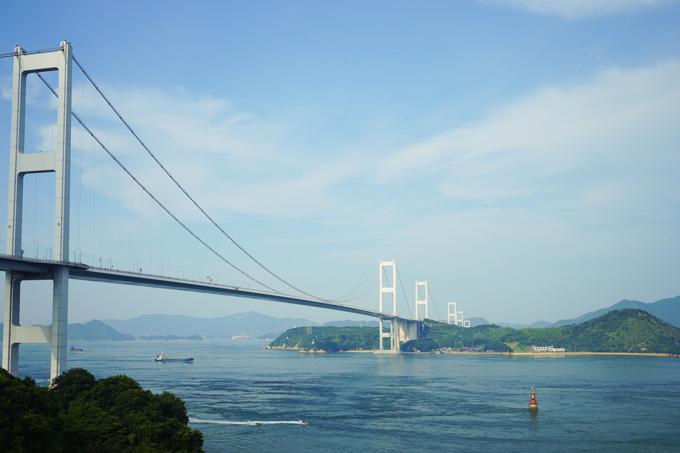 3連橋なので,柱が6本並びます。デカいなぁ・・・。
