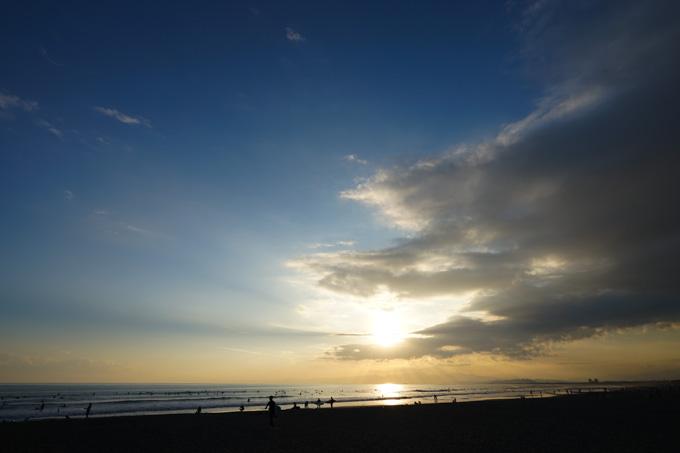 しまった~! 夕方の海に来たら,写真撮るだけで終わってしまう・・・!
