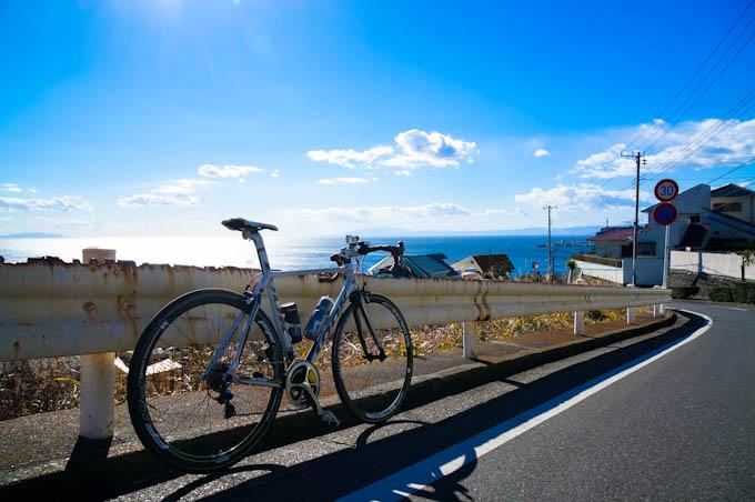 フォトポタ日記と言えば,湘南の海です。七里ガ浜の坂は気持ちい(^^)