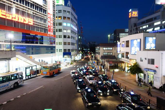 金曜日,藤沢駅に到着! なんと,どこにも雪がない! 驚き!(^^)
