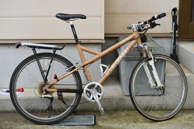 バスケットを外せば、爽やかな(?)クロスバイクです。