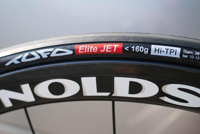 一か八かで、コレ(EliteJet<160g)を試すというのもアリですが・・・。