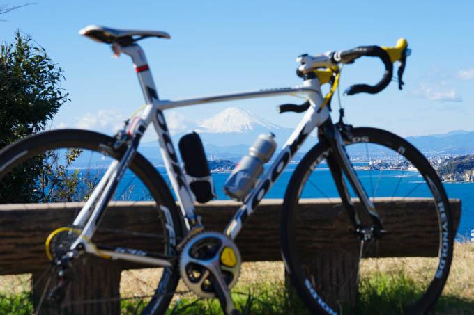 フレーム内に富士山&江の島を入れてみました(^^)