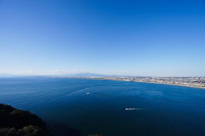 西方面。残念ながら、富士山だけが雲に隠れていました。