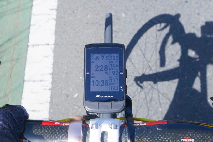 220W前後で走りましたが、もうちっと踏むべきだったと思われます。