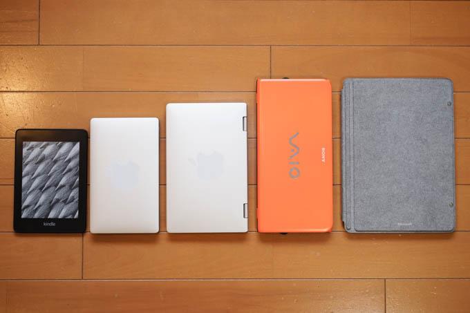 左から、Kindle、GPD Pocket、OnxMix3、VAIO P、Surface GO。