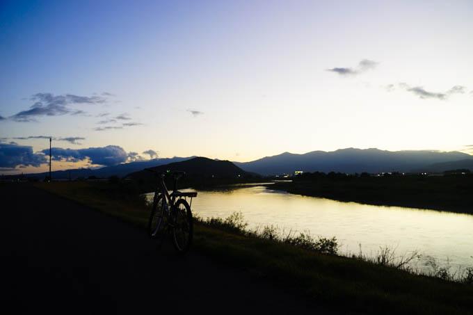 福島での夕焼け。いい通勤路でした・・・(^^)