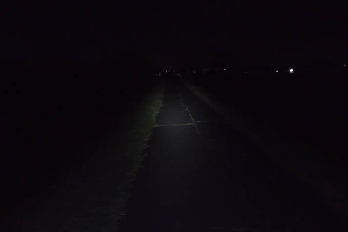 福島での通勤路。真っ暗である・・・。