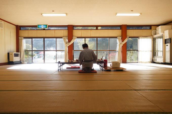 朝も柔道場サイズの食堂で(^^)