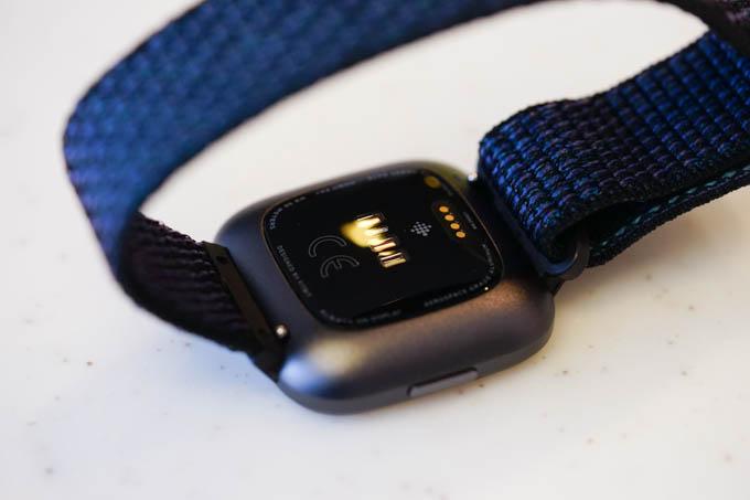 心拍計。測定の速さや精度はGARMINと変わらない感じです。