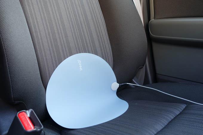 電源は車内のUSBプラグから取れますし(^^)