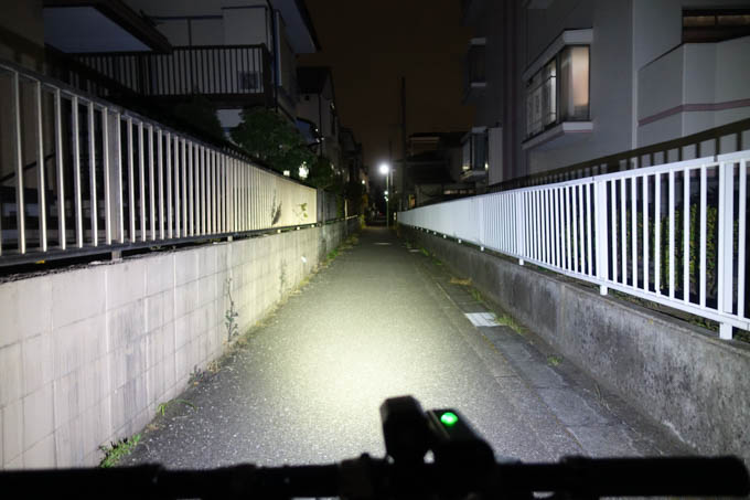 LITE DRIVE 1000XL。広範囲に明るい~(^^)
