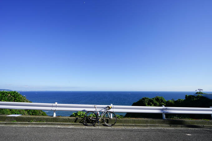 1カ月ぶりの七里ガ浜の裏の山。絶景です(^^)