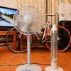 電気ヒーターと扇風機とわたし